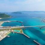沖縄・阿嘉島の観光に来て海を空撮したらシュノーケルしたくなるほど綺麗でした!