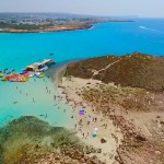 【日本人が知らない隠れたリゾート地】キプロスのニシビーチを空撮してみた!ちなみに治安は…