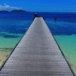 【太平洋の楽園】フィジーのマナ島をビーチ空撮したら、世界トップレベルの海の青さと透明度だった!